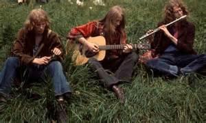 hippie minstrel